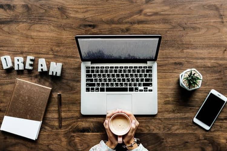 7 motivos para fazer um site com a Agência Attitude7